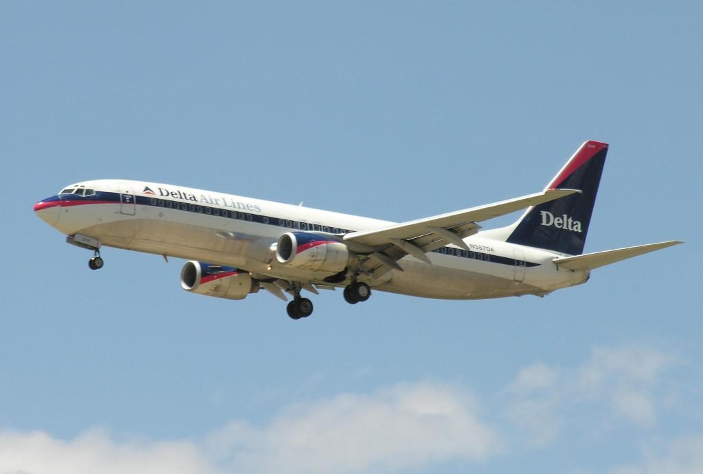 Boeing_737_300_plane
